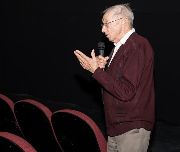 Vieillesse, tabous et cinéma: Fernand Dansereau se livre en 5 questions