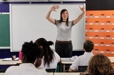 Sarianne Cormier offre une captivante leçon de cinéma à l'école Saint-Edmond !_1