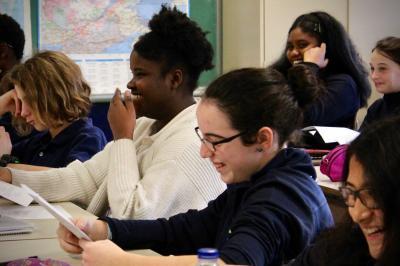 Sarianne Cormier offre une captivante leçon de cinéma à l'école Saint-Edmond !_7