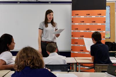 Sarianne Cormier offre une captivante leçon de cinéma à l'école Saint-Edmond !_9